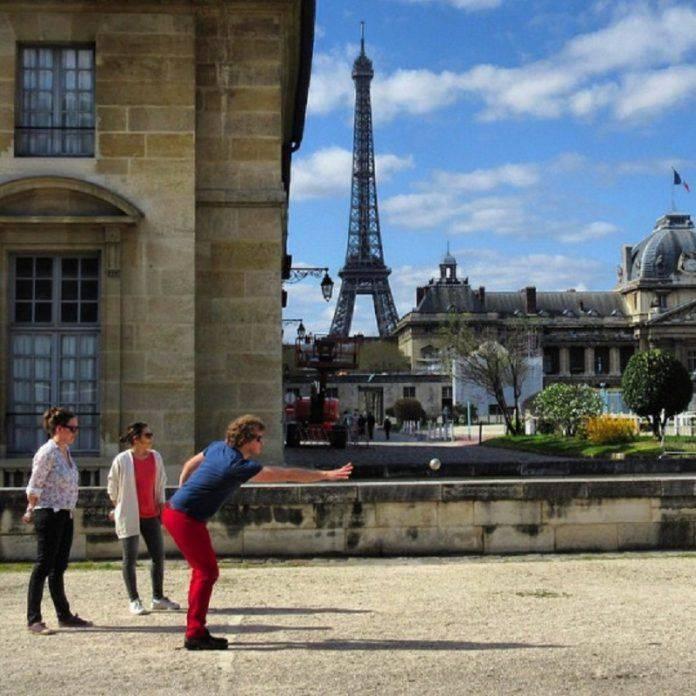 французская игра петанк - Stone Forest