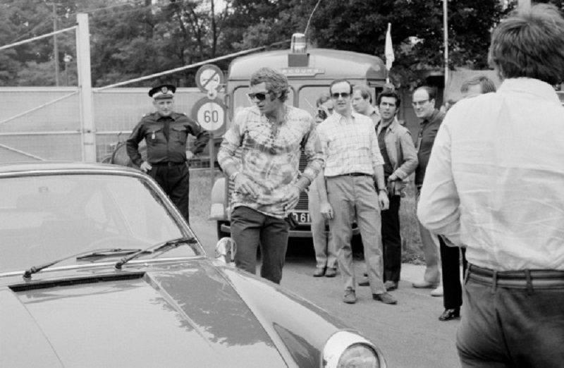 Стиав МакКуин и его любимый 911 Porsche - Stone Forest