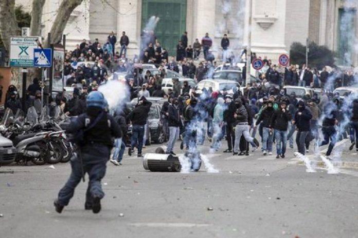 Беспорядки на дерби Рома Лацио в 2013 году - Stone Forest
