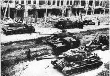 Русские танки в Берлине - Stone Forest