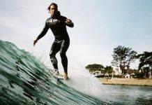 Серфингист Эндрю Шона - Stone Forest