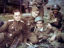 Солдаты союзных войск во Второй мировой войне - Stone Forest