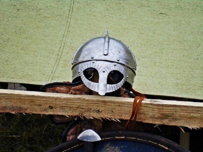 древне-русский шлем - Stone Forest