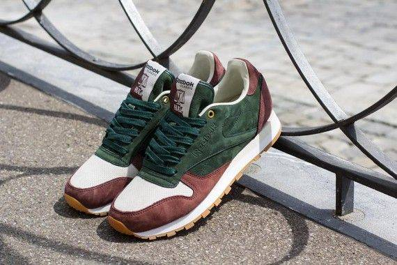 Известная модель кроссовок - Stone Forest