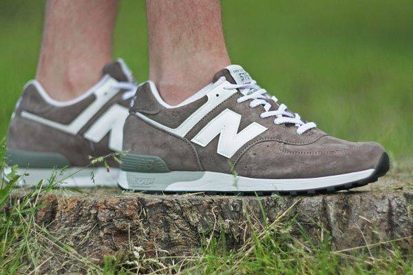 Замшевые кроссовки New Balance - Stone Forest