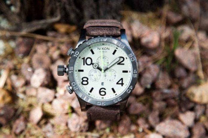 Наручные часы Nixon 51-30 Chrono - Stone Forest