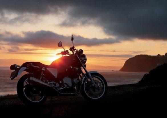 Honda CB 1100 - Stone Forest