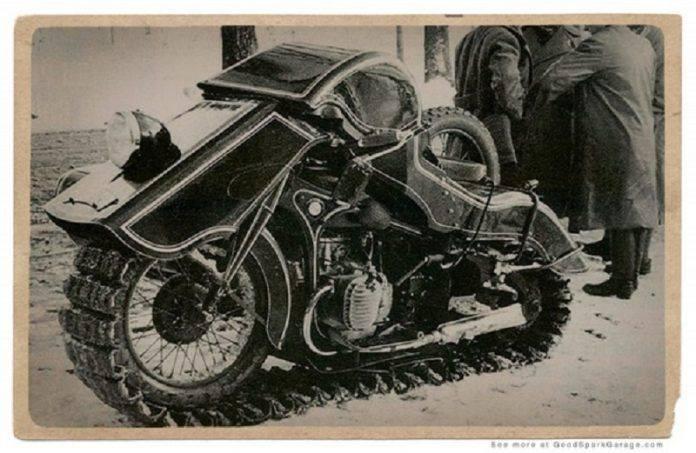 Мотоцикл BMW Schneekrad - Stone Forest