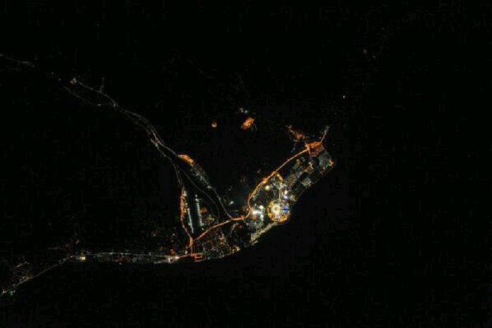 Фотография ночного Сочи с высоты птичьего полета - Stone Forest