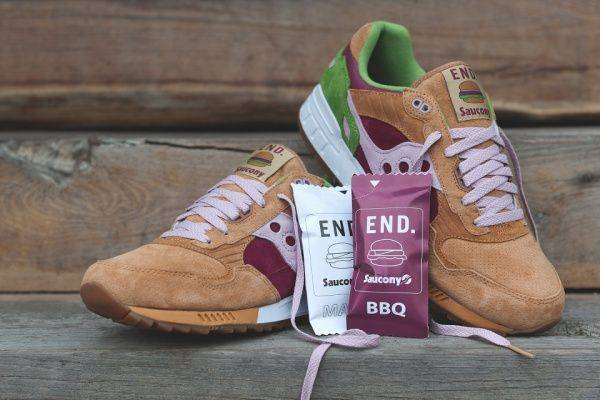 END. x Saucony Shadow 5000 Burger - Stone Forest