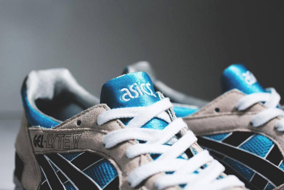 asics-gel-lyte-5-atomic-blueblack--03-960x640