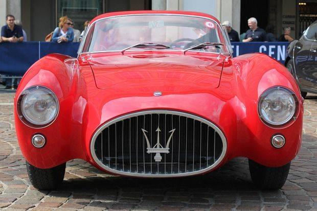 Официальное-празднование-100-летнего-юбилея-Maserati-6