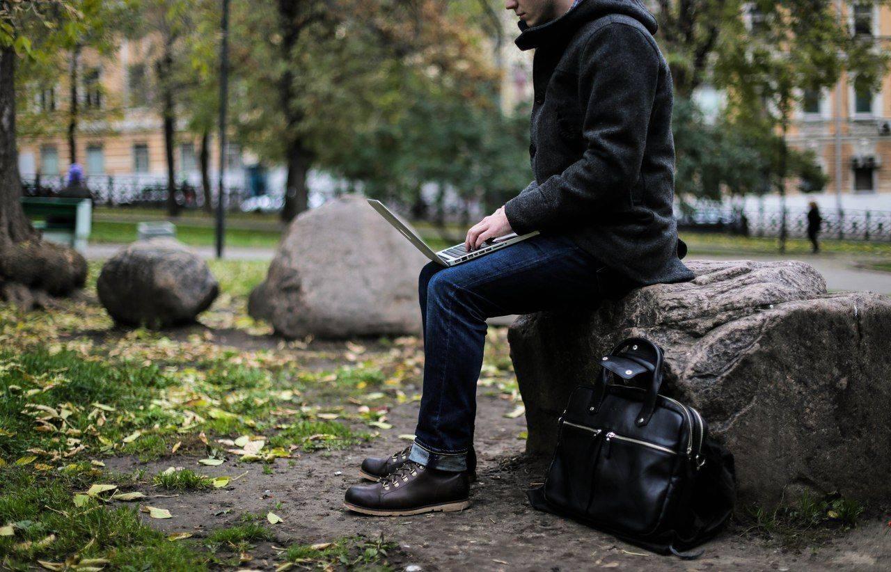 Интервью-с-основателем-отечественного-бренда-Ray-Button-Михаилом-Реокиным-5