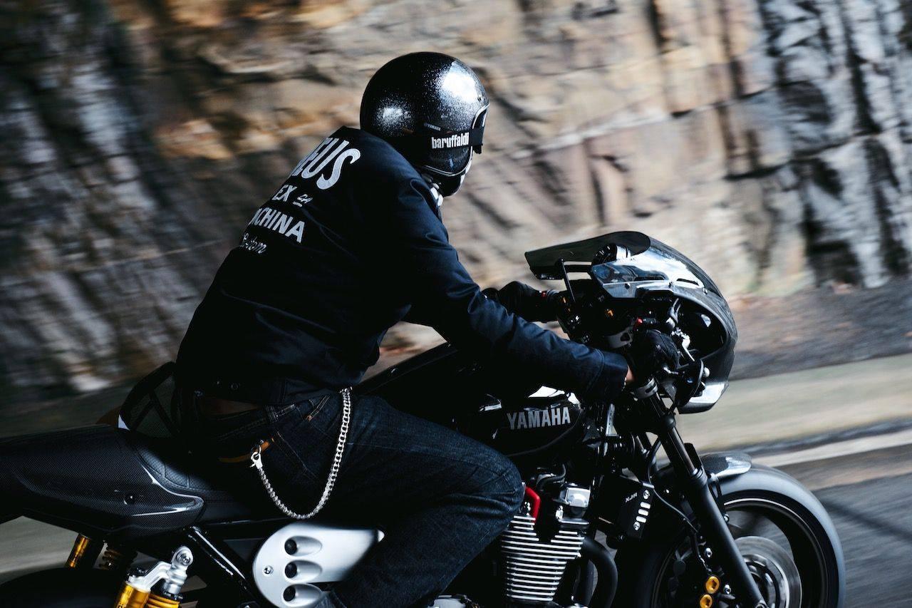 Новая-Yamaha-XJR1300-в-фотографиях-13