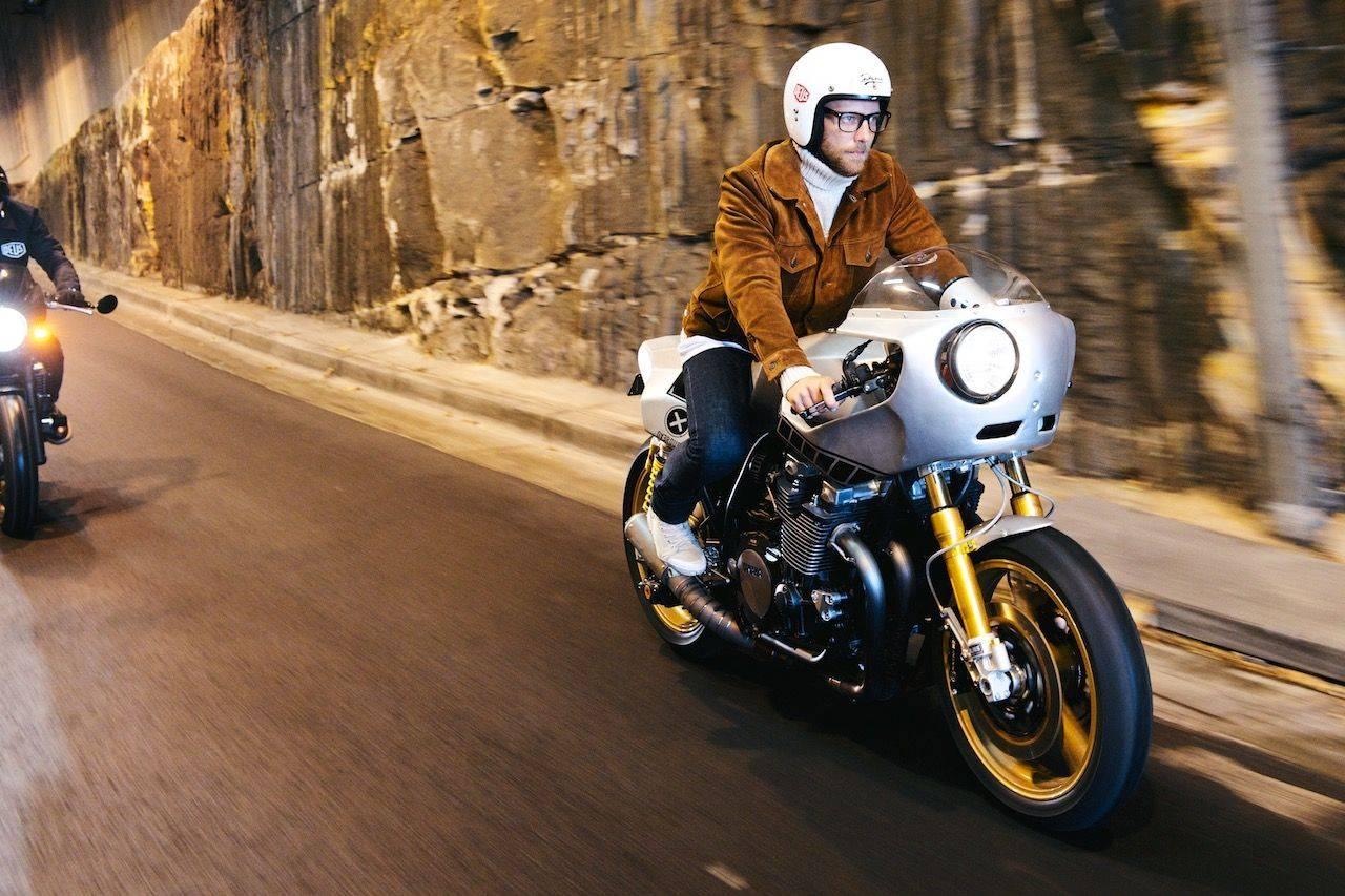 Новая-Yamaha-XJR1300-в-фотографиях-17
