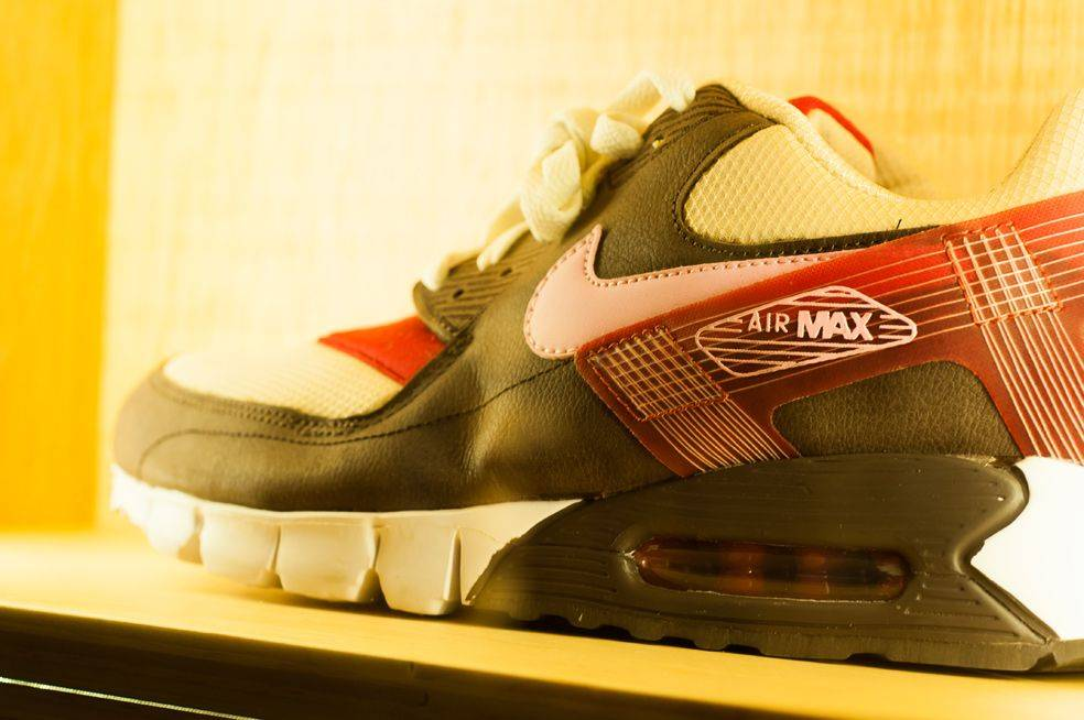 Самая-большая-стена-Air-Max-14