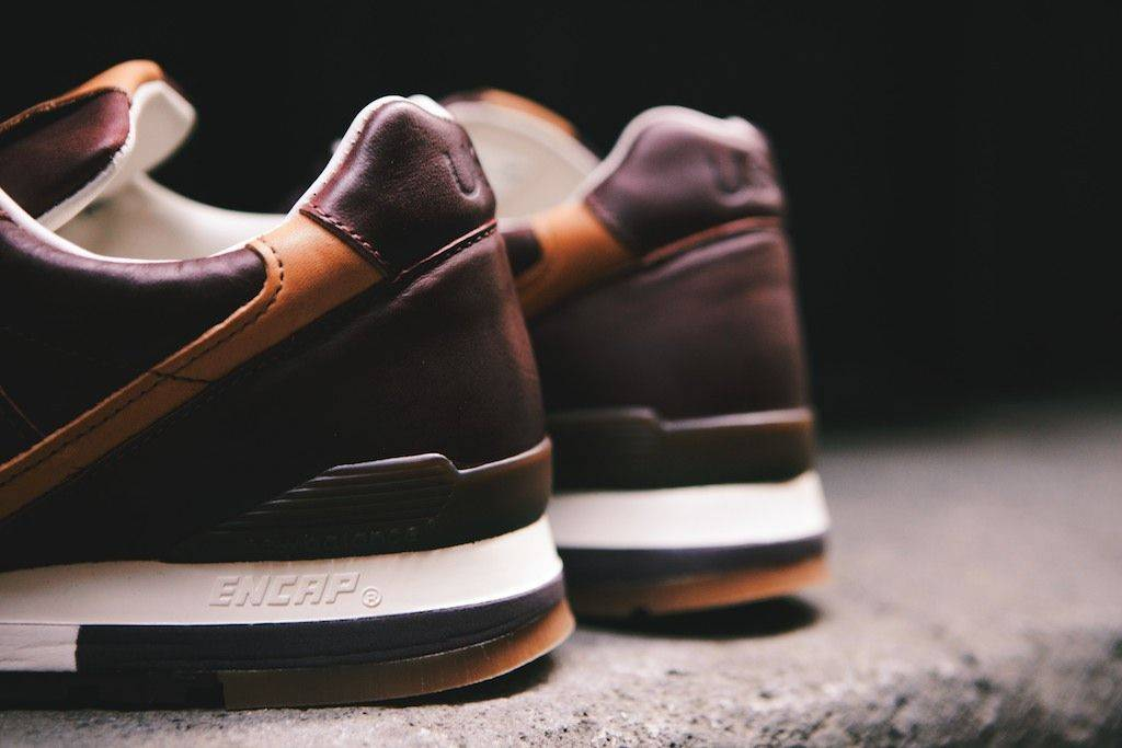 Horween-Leather-x-New-Balance-M996BHR-2