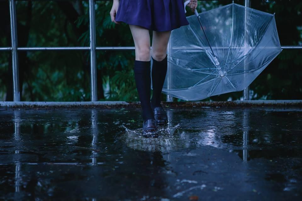 Девушки-с-зонтиками-10