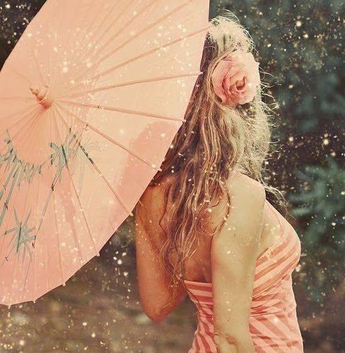 Девушки-с-зонтиками-12