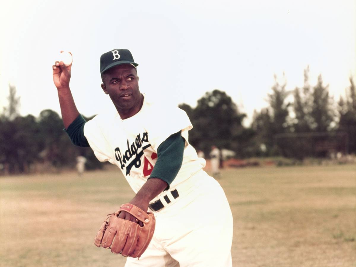 jackie robinsion essay Jackie robinson's military career in 1942, jackie robinson was drafted into the military to a segregated cavalry unit in kansas there he also faced discrimination when he and other colored soldiers applied for officer candidate school (ocs) and were later accepted after much fighting and debate.
