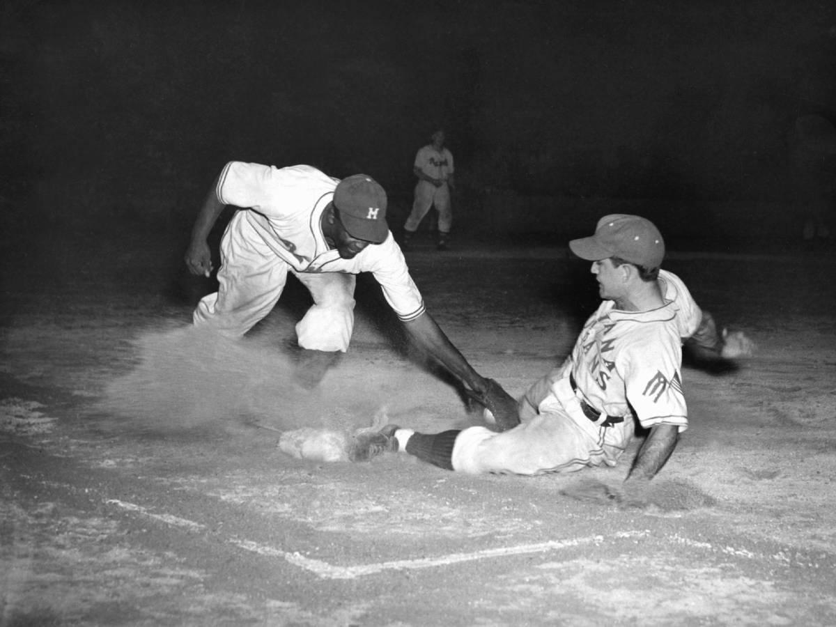 Как-Джеки-Робинсон-боролся-с-расизмом-в-бейсболе-4