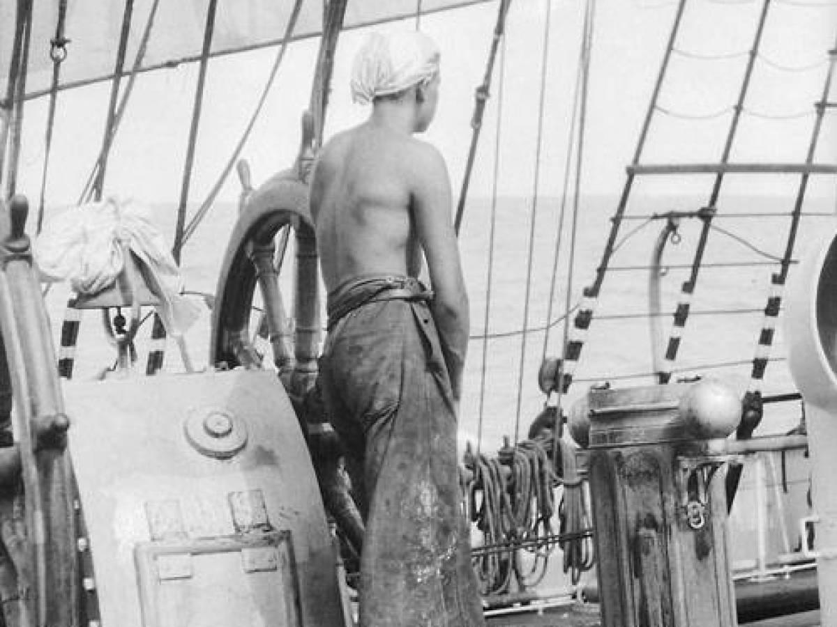 На-палубе-трансатлантического-корабля-10