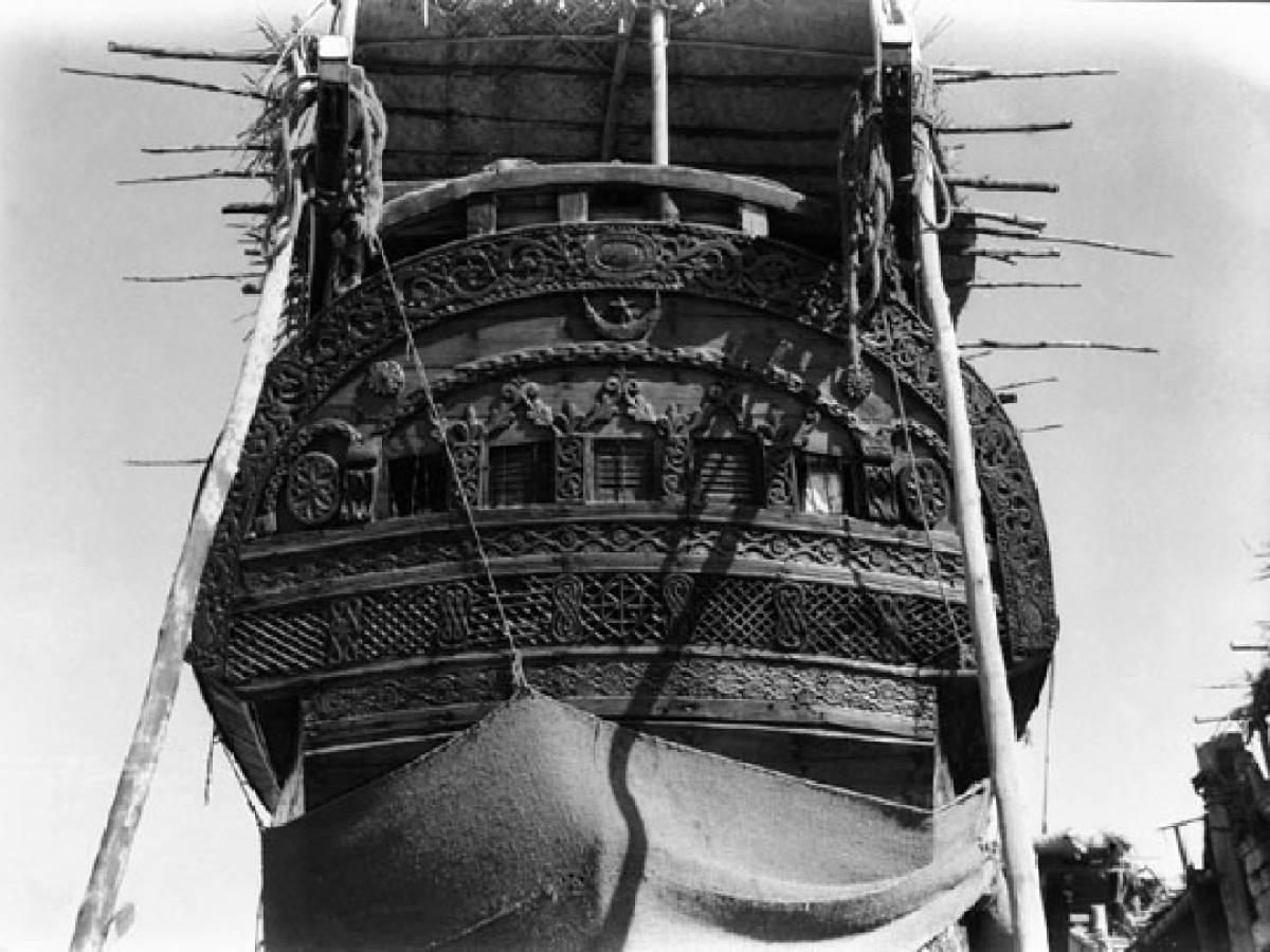 На-палубе-трансатлантического-корабля-11