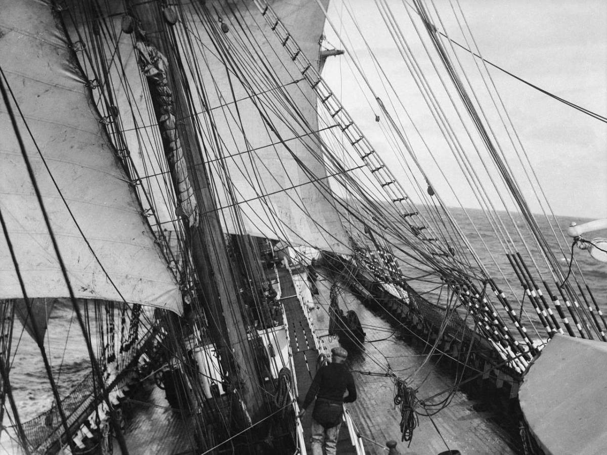 На-палубе-трансатлантического-корабля-19