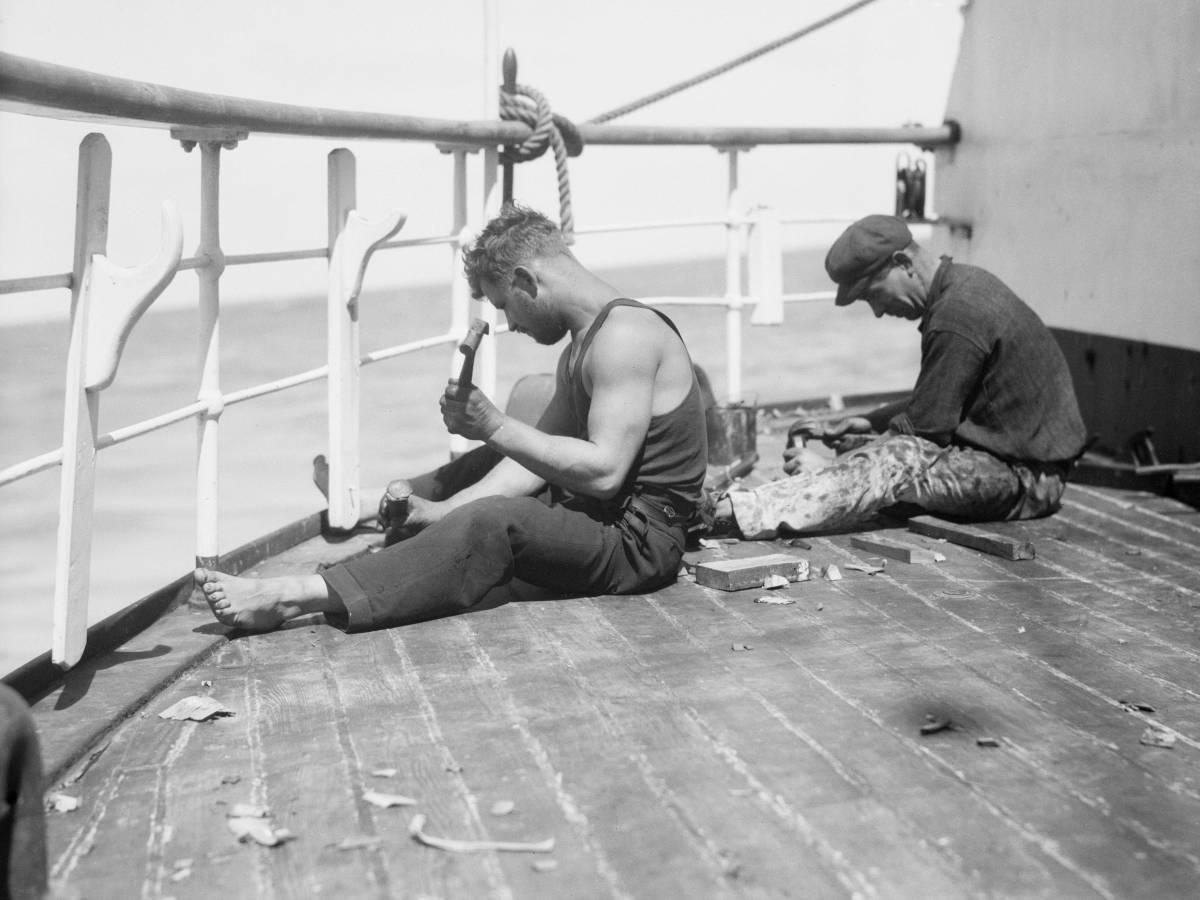 На-палубе-трансатлантического-корабля-20