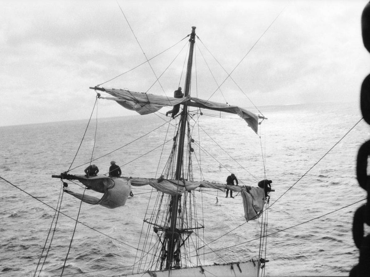 На-палубе-трансатлантического-корабля-23