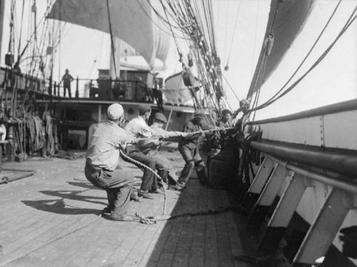 На-палубе-трансатлантического-корабля-7