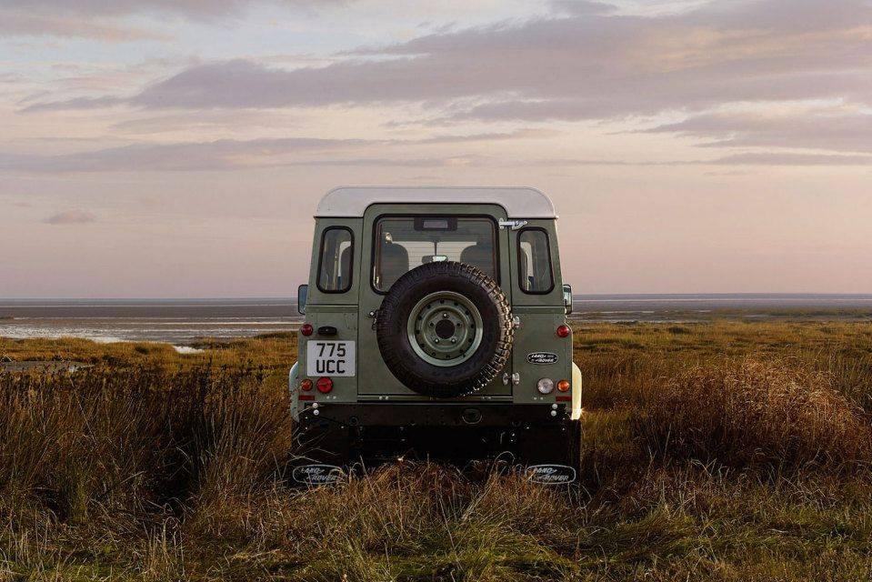 Ограниченная-серия-Land-Rover-Defender-Heritage-3