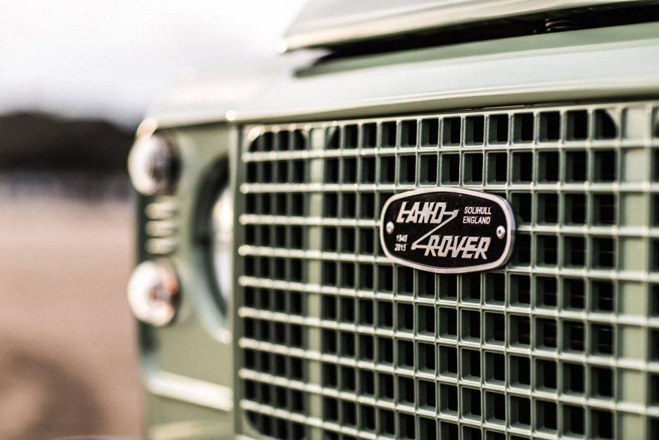 Ограниченная-серия-Land-Rover-Defender-Heritage-4
