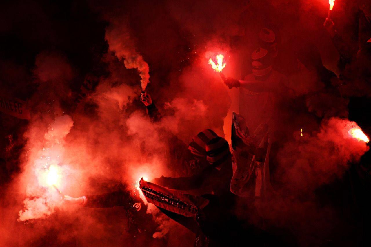 Фотографии-по-теме-Футбольные-ультрас-22
