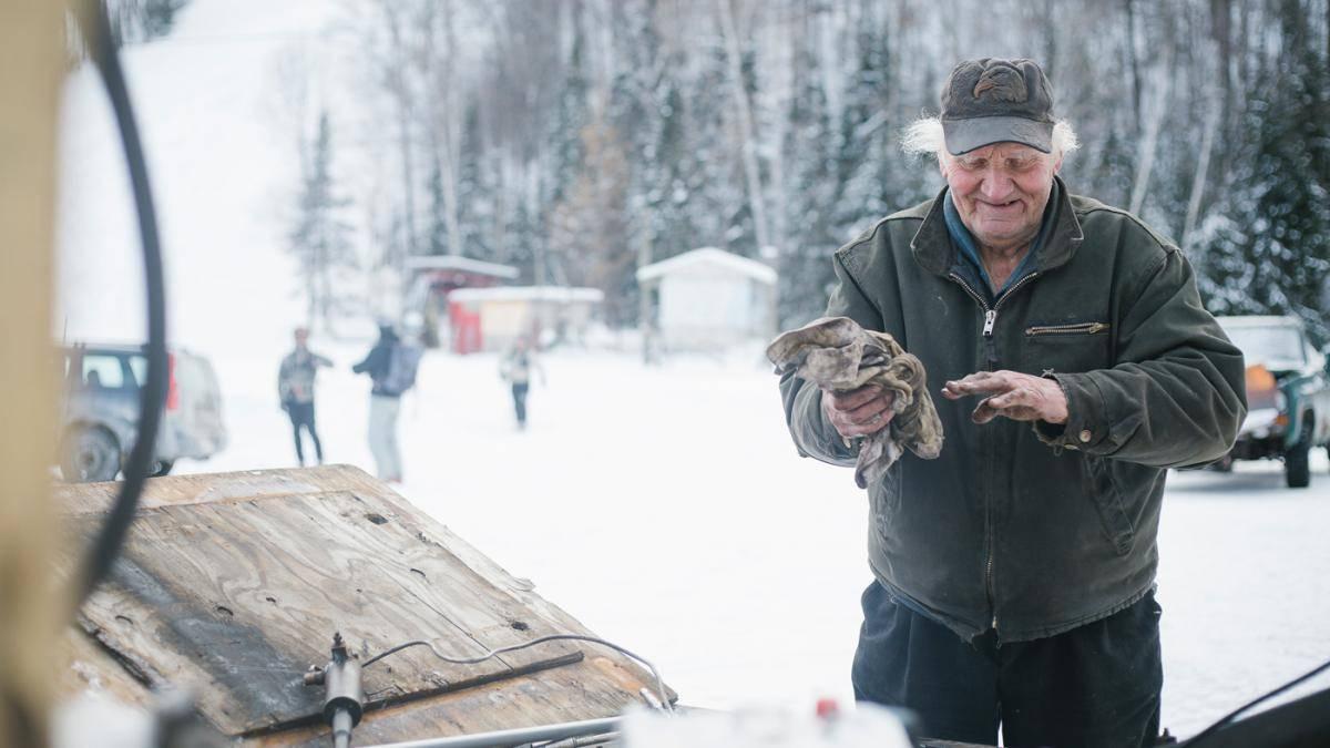 83-летний-оператор-горнолыжного-подъемника-13