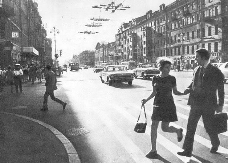 В-честь-1-мая-возвращение-в-страну-пролетариев-1