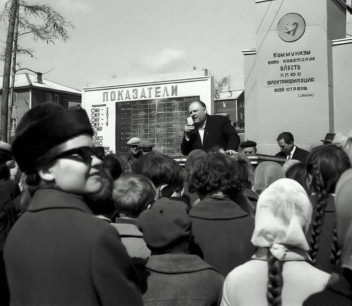В-честь-1-мая-возвращение-в-страну-пролетариев-34