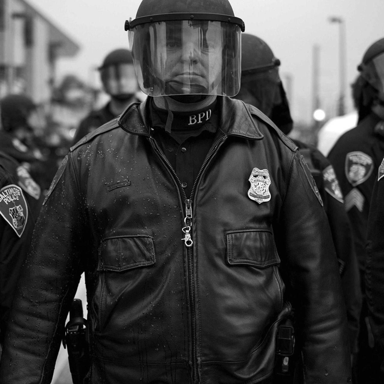 Горячие-и-горящие-фото-из-Балтимора-13