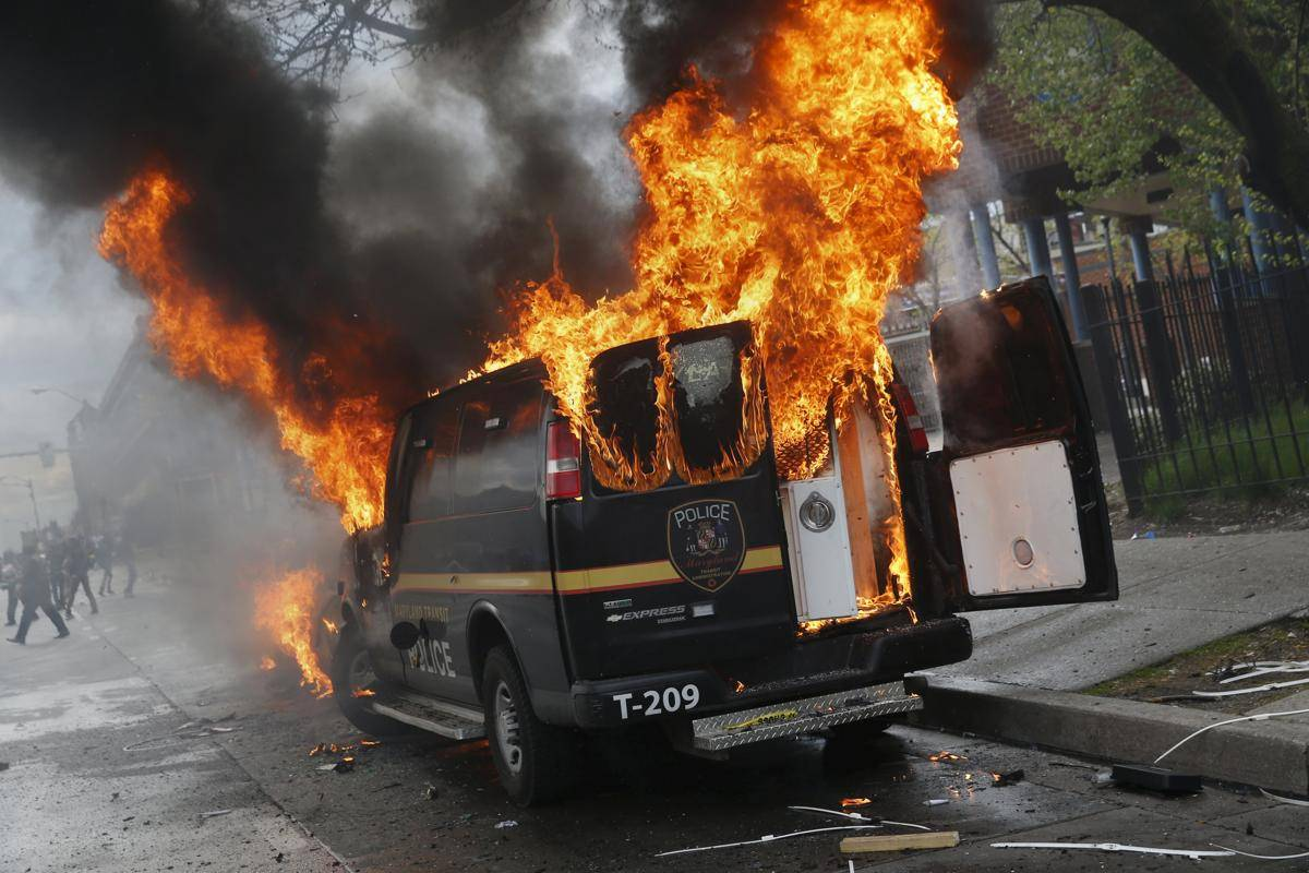 Горячие-и-горящие-фото-из-Балтимора-6