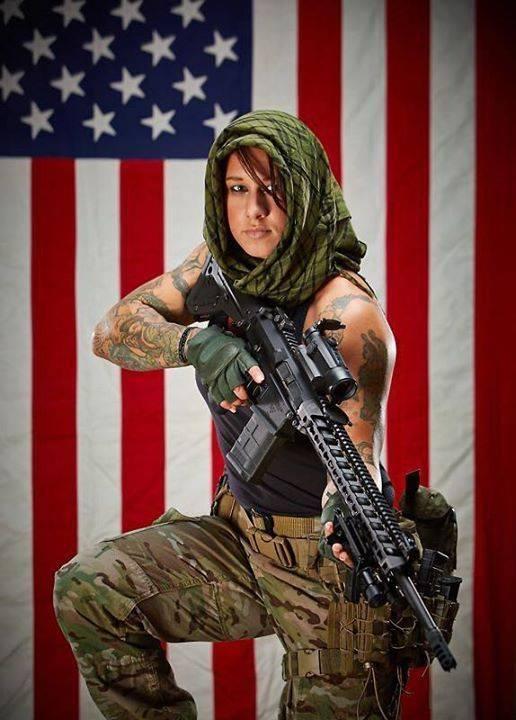 Девушки-и-оружие-10