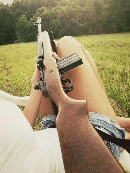 Девушки-и-оружие-18