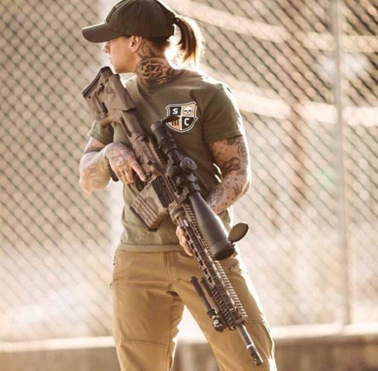 Девушки-и-оружие-7