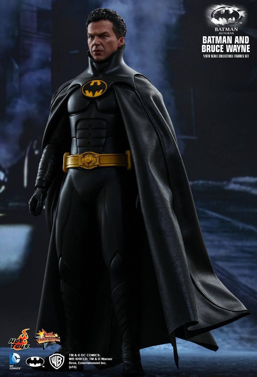Игрушки-Бэтмена-в-исполнении-Майкла-Китона-1