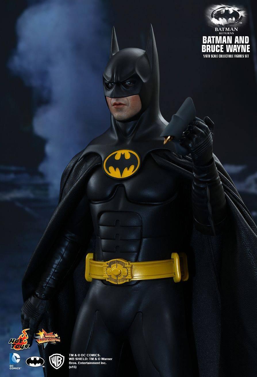 Игрушки-Бэтмена-в-исполнении-Майкла-Китона-6