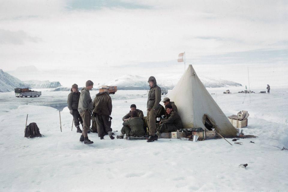 История-часов,которые-оказались-самым-надежным-предметом-в-Гринландской-экспедиции-2