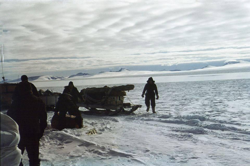 История-часов,которые-оказались-самым-надежным-предметом-в-Гринландской-экспедиции-3
