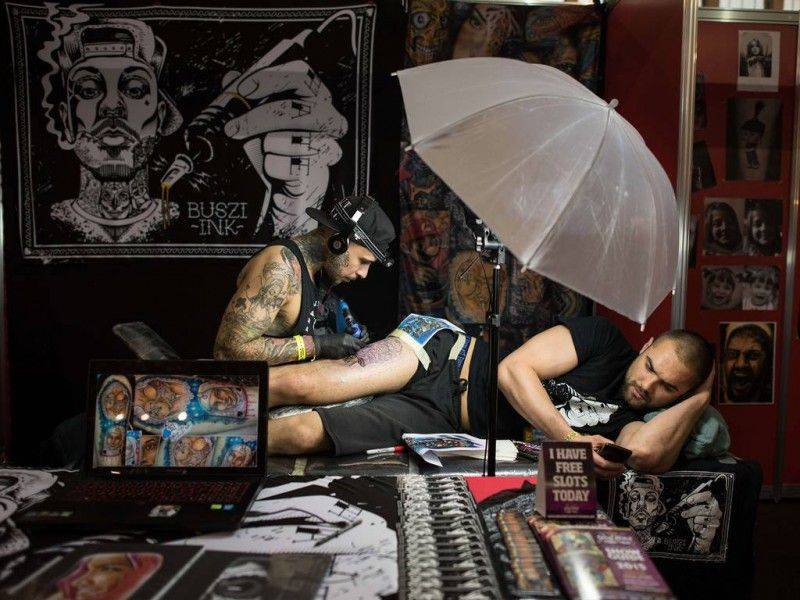 Фестиваль-The-Great-British-Tattoo-Show-2015-14