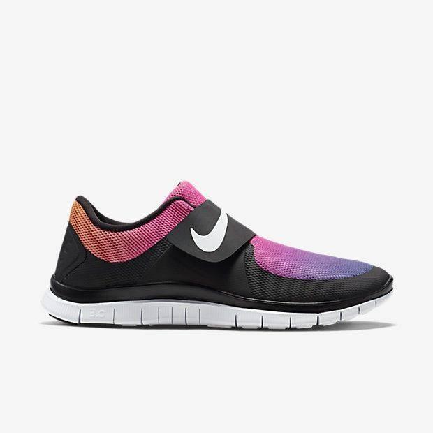 Sneaker-Monday-Nike-Free-Socfly-2
