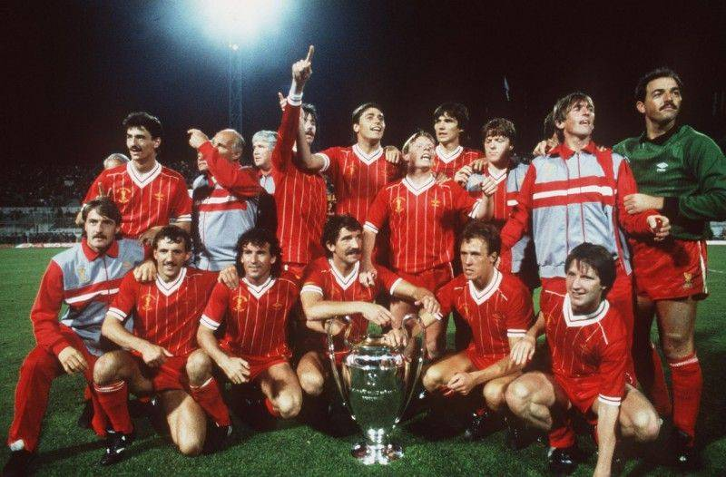 1984: The Liverpool Team celebrate after winning the 1984 Europeam Cup Final between AS Roma v Liverool held at the Olympic Stadium, Rome, Italy. Mandatory Credit: David Cannon/ALLSPORT