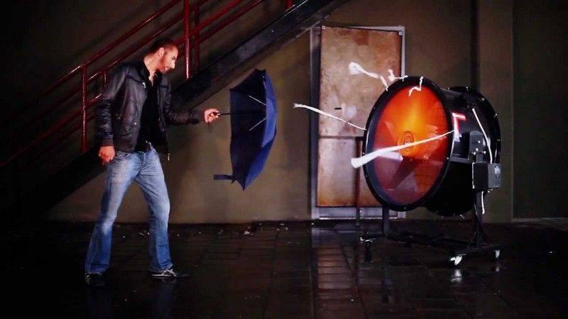 Устойчивые-к-штормовому-ветру-зонты-Senz-4